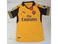 Arsenal FC 2016/17 Away Shirt