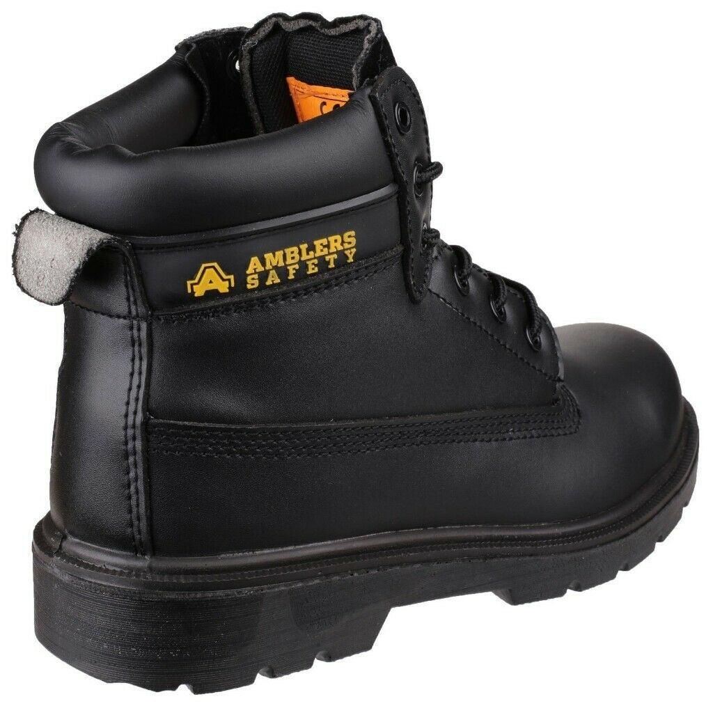 9113365099e BNWT steel toe cap safety/work boots-SIZE 9 | in Southport, Merseyside |  Gumtree