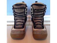 Salomon Snowboard Boots Ladies AUTOFIT SIZE UK 8 / EUR 42