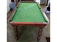 Classic antique solid mahogany 6ft Riley pool/snooker table needs reconditioned/restored.
