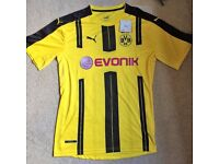 Borussia Dortmund 2016/17 Football Shirt (Large)