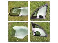 Audi Q5 window glass rear sides and quarter