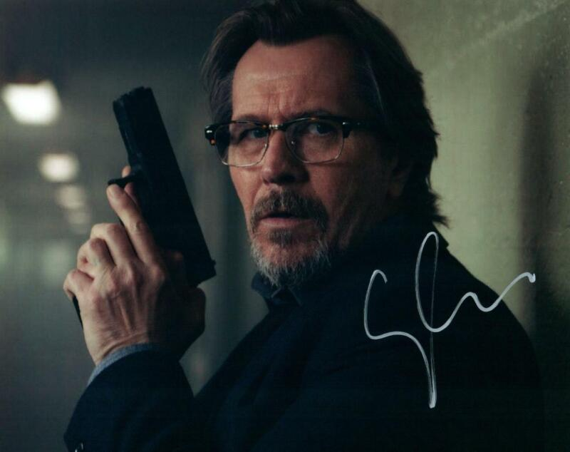 Gary Oldman signed 8x10 Photo with COA autographed Picture very nice
