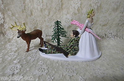 Camo Wedding Cake Toppers (Wedding Party Cake Topper Camo Hunter Hunting Deer ~Bride w/ Pink Camo)