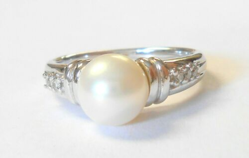 Beautiful 7 mm Cultured Pearl Diamonds 585 14K White Gold Ladies Ring Size 6.75