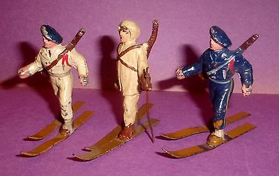 Toy Lead Soldiers Lot of 3 Skiers made in France