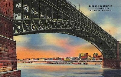 VTG 1947 LINEN POSTCARD EADS BRIDGE BOATS DOWNTOWN SKYLINE ST LOUIS MISSOURI MO