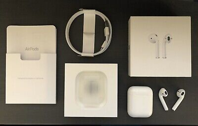 Apple AirPods with Charging Case - White 1st Generation A1523 A1722 A1602