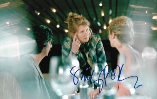 Sally Potter Director signed 8x12 inch photo autograph