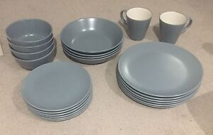 Dinnerware set - Plates - Bowls - Mugs - 22 pieces Southbank Melbourne City Preview