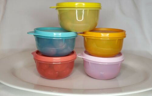 NEW Tupperware Ideal Little Bowl Lil Bowl Kids Snack Cup Bowl Set 5  Last Two!!!