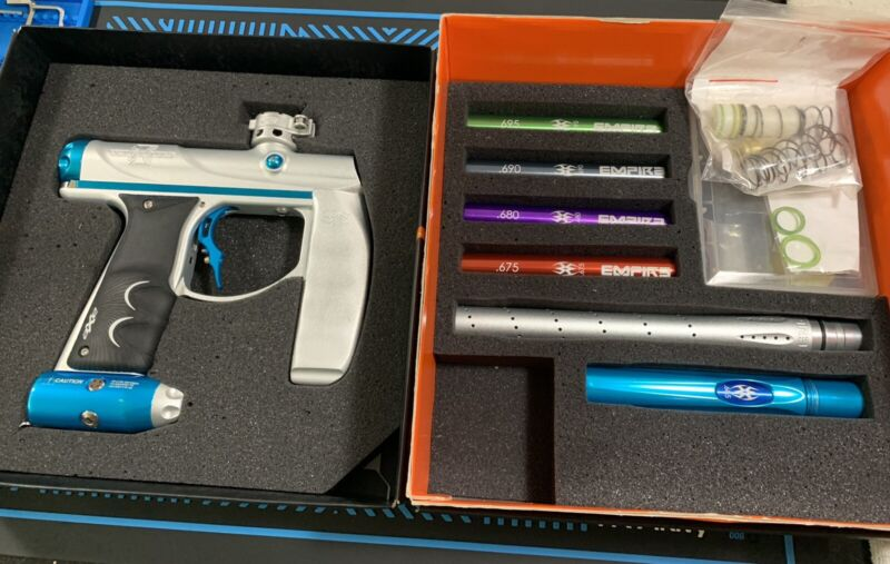Empire Vicious Limited Edition Axe Pro Paintball Marker