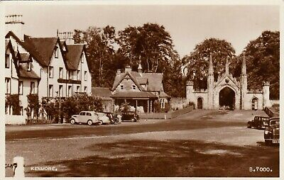 VIEW OF THE VILLAGE, KENMORE, PERTHSHIRE, SCOTLAND : REAL PHOTO POSTCARD (1950s)