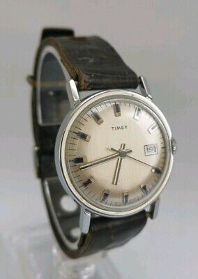 Vintage 1970s Timex GB Gents Chrome Date Wrist Watch With Blue Markers & Hands