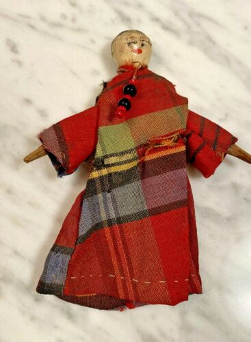 Antique Peg Wooden small Doll