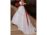 Justin Alexander 8557 lace / silk wedding dress size 16 in Ivory / Natural