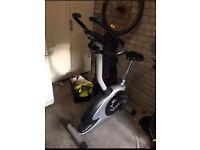Cross trainer & exercise bike