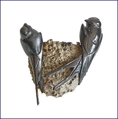 Paar Schwalben im Nest  - Holz geschnitzt ~ 1900  (# 4423)