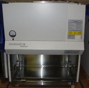 BAKER SterilGard III 3 Advance SG403 Biological Safety Biosafety Bio safety Cabinet Fume Hood w/ UV