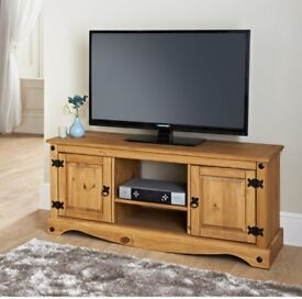 Oak tv stand and nest of 3 tables