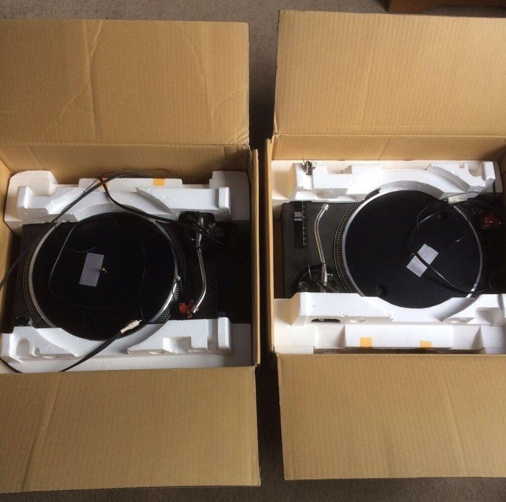 Pair of Technics SL-1210 MK2s: Excellent condition in original boxes