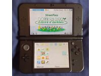 New 3DS XL in great condition (+charger and case)