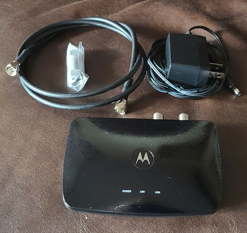 Used Motorola MoCA 2.0 Bonded Adapter MM1000