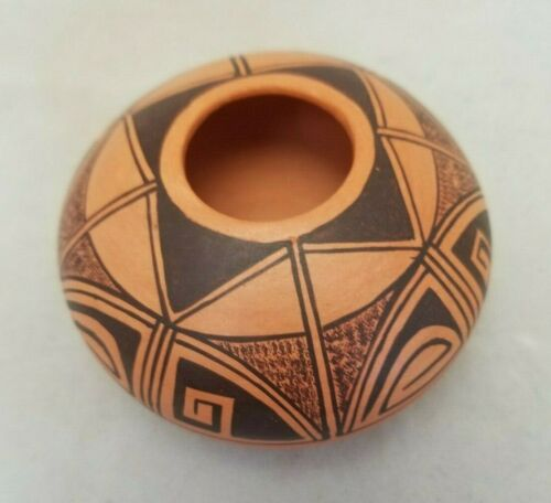 Vintage Hopi Pottery Miniature