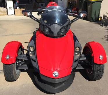 Bright Red 2009 Can-Am Spyder - Sad To See It Go!