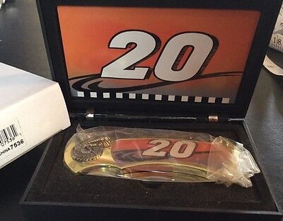 Pocket Knife Nascar Tony Stewart # 20 Collectible in Case (7536) ()