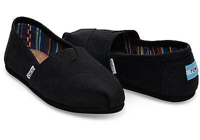 Toms Women's Classics Slip On Black/Black (Flat Black Shoes)