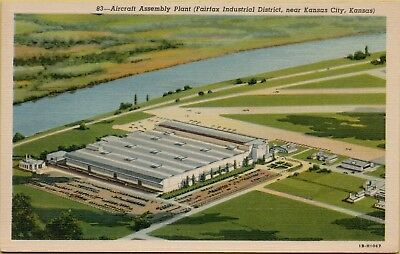 Air Aerial View Aircraft Assembly Plant Fairfax Kansas City KS Postcard D16