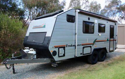 Trakmaster Off Road Nullarbor Caravan
