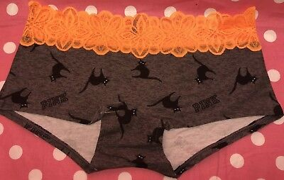 Victoria's Secret Pink Halloween Black Cat Lace Low Rise Boyshort Panty M NWT](Victoria's Secret Halloween)