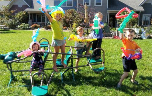 Fun & Energetic Balloon Twisting Service, Madison, WI --Twist N Shout Balloons