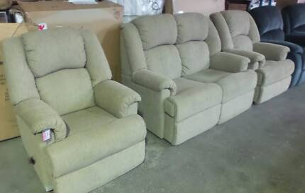 2 SEATER LOUNGE  PLUS 2 SINGLE RECLINERS IN BEIGE FABRIC