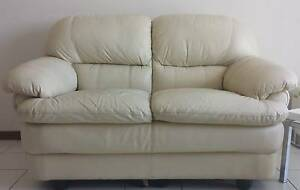 Leather Lounge 2 + 3 + Ottoman Excellent Condition $ 600.00 ono Bligh Park Hawkesbury Area Preview