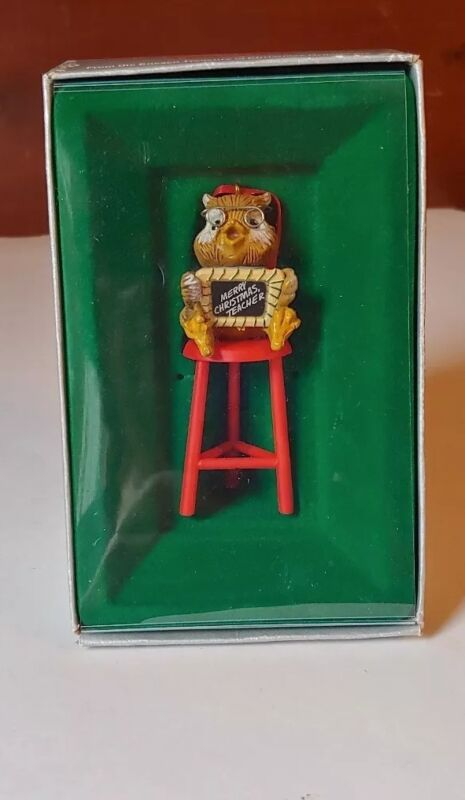 VTG IOB 1982 ENESCO Owl Christmas Ornament    Merry Christmas Teacher   E-6984