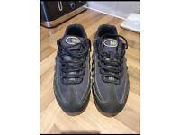 Nike airmax 95 size 6 juiniors