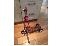 Great condition radio flyer scooter