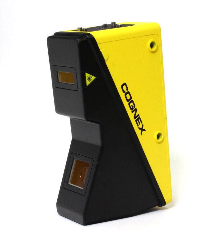 Cognex DS1100 3D Laser Displacement P100-220-000-U 821-0088-1R 825-0382-1R
