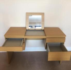 Oak veneer dressing table