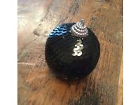 Christmas tree decoration, black sequence