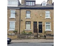 SUNDERLAND ROAD - NEWLY RENOVATED 4 BEDROOM TERRACE HOUSE FOR RENT TO LET BRADFORD BD9 NEAR OAK LANE