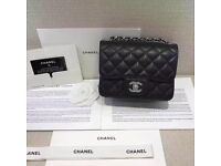 CHANEL Bag black 17cm