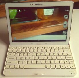 Samsung Galaxy Note 10.1 2014 edition + Case and Matching Keyboard