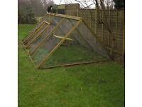 Large Chicken House and Run. Extras included.