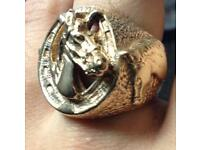 9ct Gold Horse Ring, 39g, Size Z