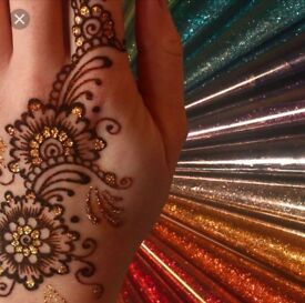 Mehndi Henna Artist Quick Affordable Cheap with Glitter and Diamonds Unique!!