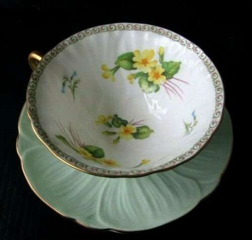 SHELLEY OLEANDER PRIMROSE FLOWERS GREEN GOLD TEACUP AND SAUCER SET TEA CUP